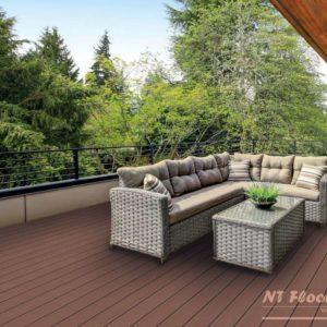 NT Floors WPC Terrassendiele hellbraun massiv - gebürstet - Ambiente