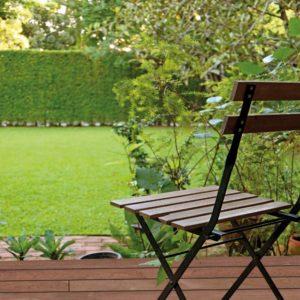 Holz Terrassendiele Cumaru braun PRIME - Ambiente 2