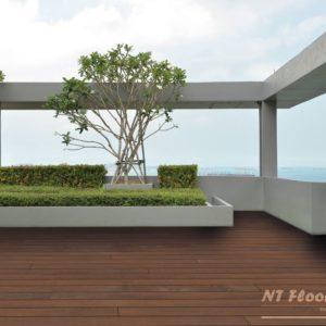 Holz Terrassendiele Ipe PRIME - beidseitig glatt - Ambiente 1
