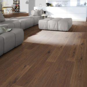 NaBo Parkett 2-Schicht Diele Eiche Dark Maxi XL - Sortierung Projekt - handgehobelt, natur vorgeölt - Ambiente Wohnzimmer