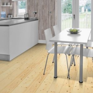 Fichte Massivholzdielen AB-Sortierung - geschliffen, natur geölt - NaBo Parkett - Wohnbeispiel Küche